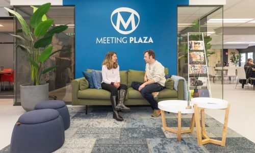 Meeting-Plaza